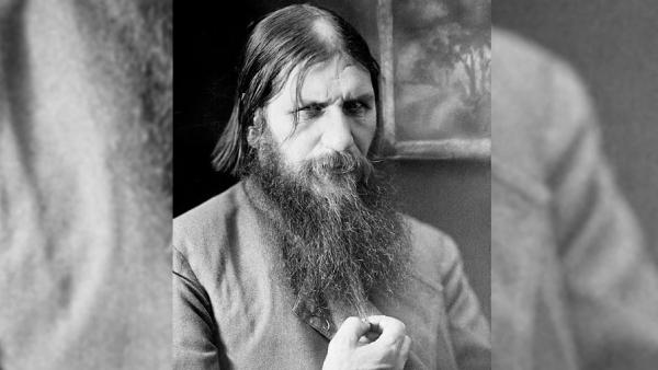 «Распутин — самозванец и популярный развратник»
