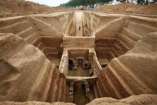 Кирпичные гробницы годом свыше 1,7 тысячи лет найдены в Китае