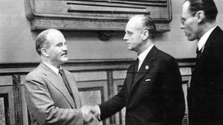Пакт Молотова-Риббентропа: виновен ли СССР в развязывании Другой Мировой?