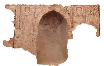 В египетском монастыре отыщи средневековые фрески