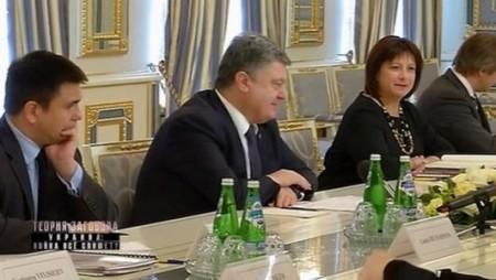 Теория комплота. Украина война всё спишет  (2017)