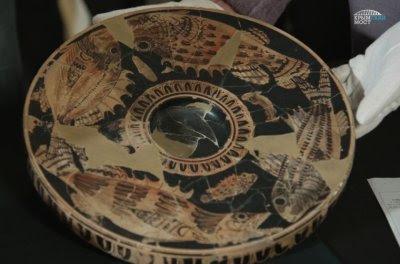Археологи нашли античную керамику на раскопках у Крымского моста