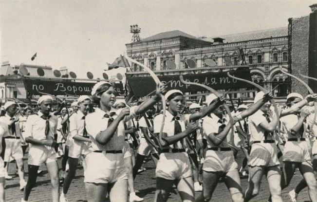 Как показалась мода называть детей немецкими именами перед войной
