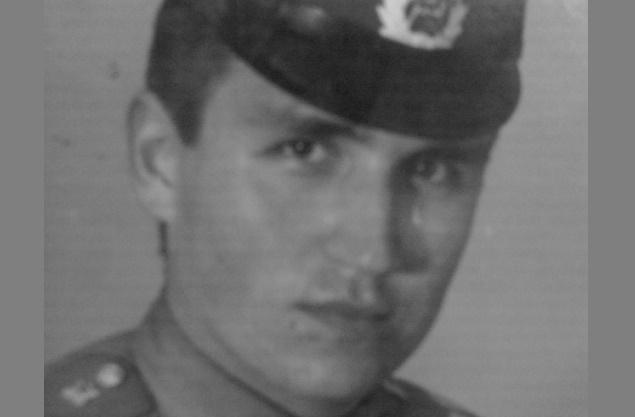 Отчего рядовой Сакалаускас в 1987 году расстрелял 8 человек