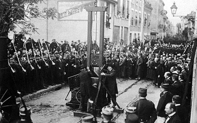 «Дьявольский вихрь» и другие самые гуманные казни в истории