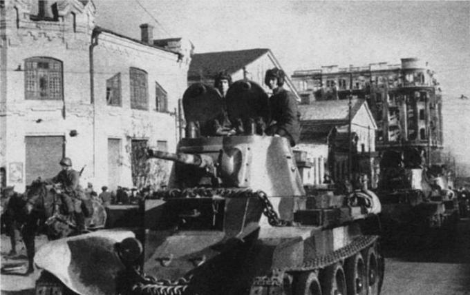 Крах лучшего советского аса и другие факты о польском походе Красной Армии