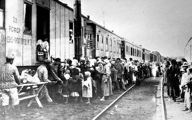 8 народов в СССР, какие депортировал Сталин во время войны