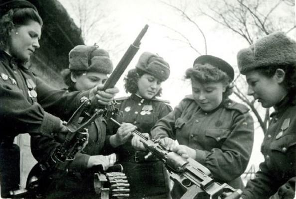 Девицы в Красной Армии, которых боялись немецкие оккупанты