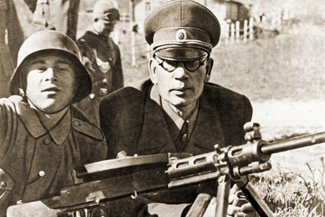 Истина ли, что генерал-предатель Власов был любимым полководцем Сталина