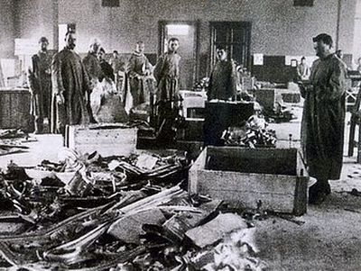 Зачем в 1921 году большевики вскрыли могилы русских императоров