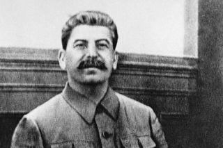 Отчего Сталин до последнего делал вид, что не верит в нападение Гитлера