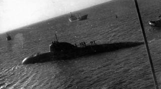 Зачем советская подводная ладья таранила авианосец США в 1984 году