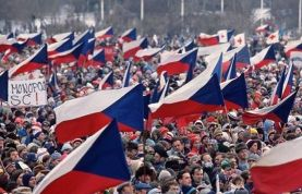 «Бархатный раскол»: как Чехословакия обратилась в Чехию и Словакию