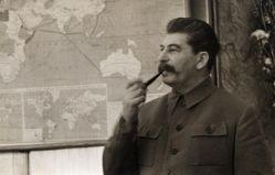 Алая, синяя и зеленая папки: какие документы хранил в них Сталин в Великую Отечественную