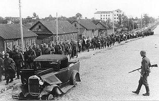 Зачем в 1943 году в Минске немцы проверили вяще половины жителей города