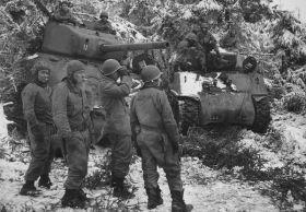 Сколько боец США попало в плен к немцам во время Арденской битвы