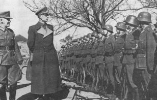 Предательство генерала Власова: предательство или попытка стать «кротом»