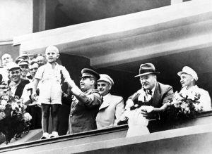 У Сталина был незаконнорожденный сын от несовершеннолетней сибирячки