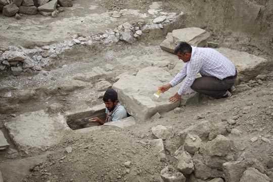 Древнюю канализацию нашли на территории замка Чавуштепе