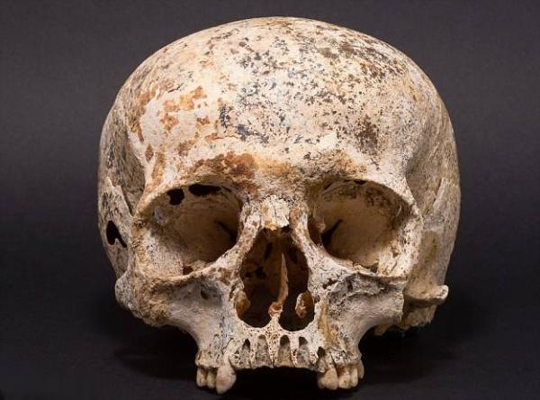 Реконструкция лица девушки из Шотландии со странным черепом