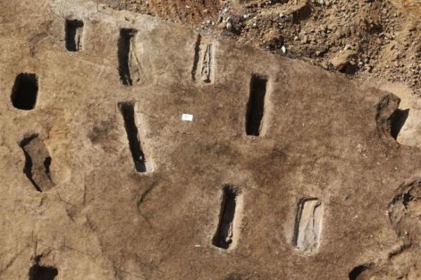<p>В одном из древнейших городов вселенной нашли римское кладбище</p>