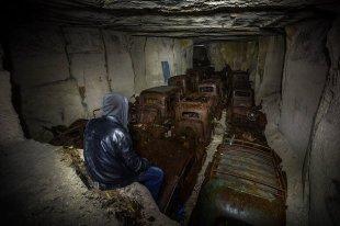 Во Франции отыщи подземный склад спрятанных от немцев автомобилей