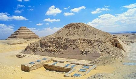 Мир Древних Богов: Пирамида Унаса и тексты пирамид