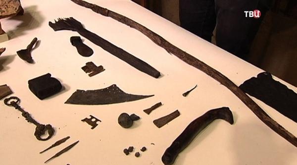 В Зарядье отыщи древний деревянный лук и другие артефакты