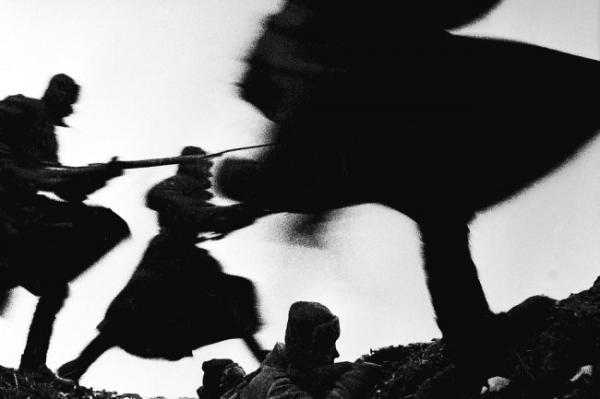 """Отчего Сталин был против надписи """"Вечная память"""" на братских могилах"""