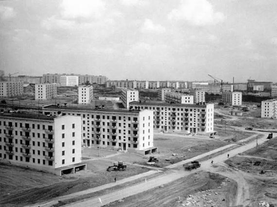 Отчего хрущевка из пластика не стала массовой в СССР