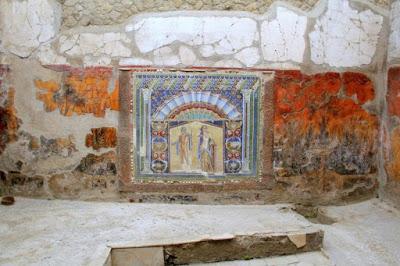С поддержкой рентгена ученые восстановили картину, найденную в разрушенном Везувием городе