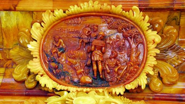 Гомеопат нашел Янтарную горницу