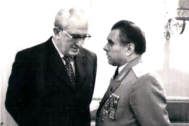 Как Андропов отплатил Щёлокову когда стал Генеральным секретарем