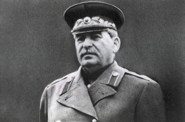 Как Сталин планировал устроиться после сдачи Москвы немцам