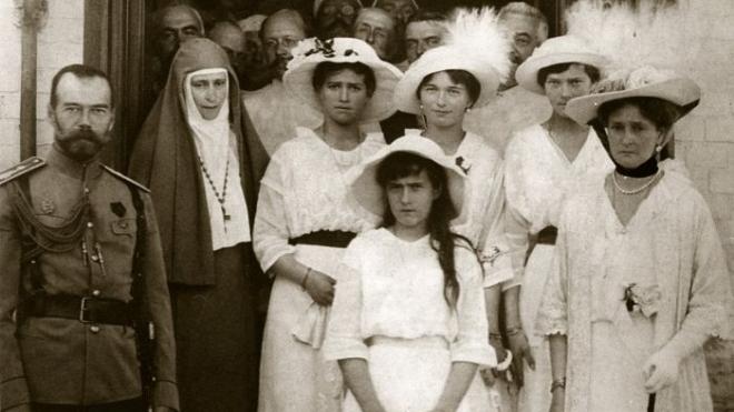 Отчего правящие дома Европы не стали спасать семью Николая II