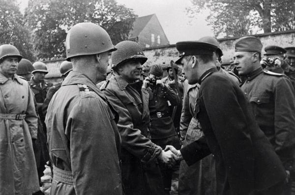 Отчего союзники СССР отказались от штурма Берлина в 1945 году