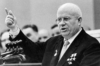 За 15 минут в обеденный интервал. Как 65 лет назад Хрущев подарил Украине Крым