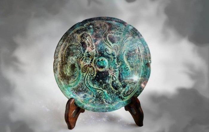 Секрет древних китайских «волшебных зеркал», над разгадкой которой до сих пор ломают голову учёные