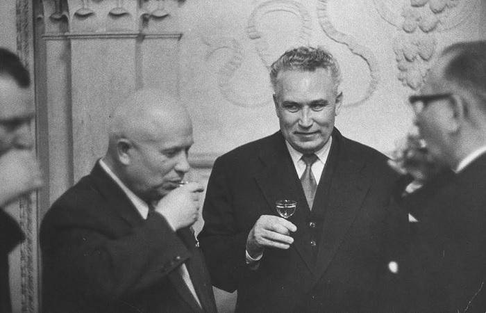 Кто мог быть на пункте Брежнева, или За что попал в опалу неофициальный преемник Хрущева Фрол Козлов