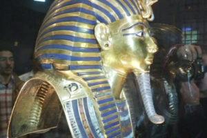 Египтологи восстановили историю египетской мумии в черепяном панцире