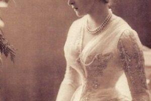Отчего королева-мать была не рада восхождению на престол своей дочери Елизаветы II