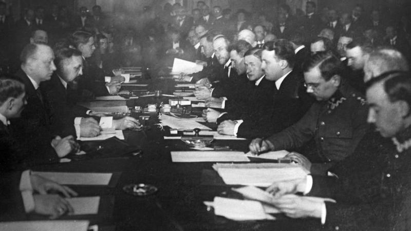 Отчего по-разному трактуются итоги советско-польской войны, завершившейся 100 лет назад