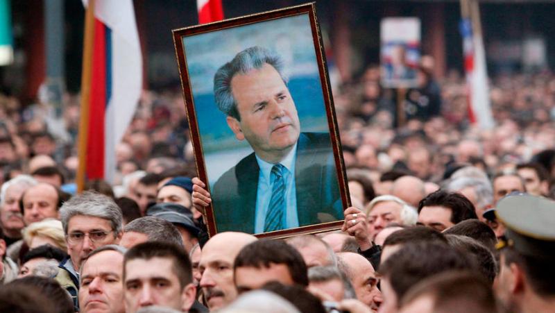 «Трибунал уложил моего мужа»: почему семья не верила в смерть Милошевича от инфаркта