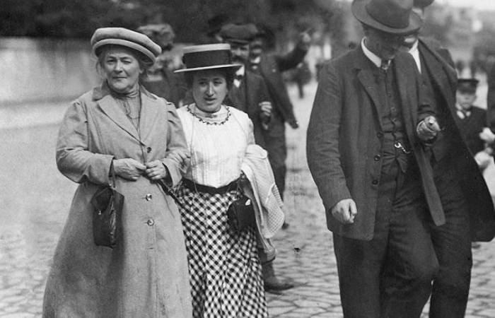 Отчего поссорились Клара Цеткин и Роза Люксембург: Большие страсти и слабости маленьких сильных женщин