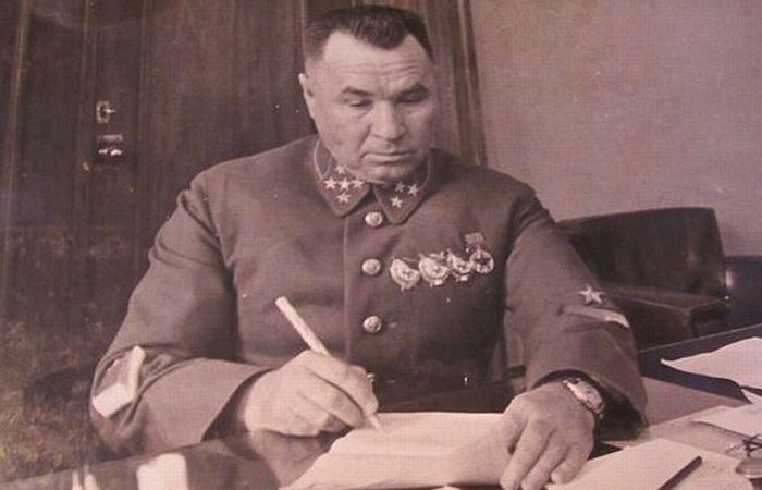За что Сталин ценил генерала-самодура Апанасенко, или Отчего его боялись японцы