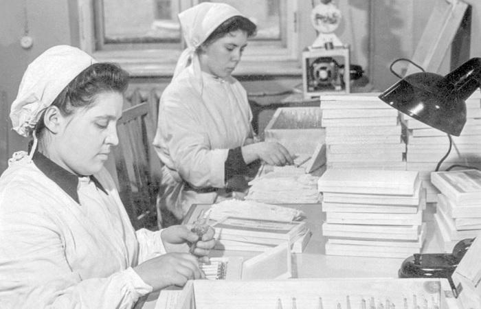 Как советская вакцина в годы «морозной войны» спасла планету от эпидемии