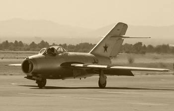 Что мастерили русские МИГи в небе над Кореей, и Как развеяли миф о неуязвимости американских бомбардировщиков