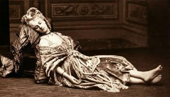 Самые прекрасные ноги XIX века: Как графиня ди Кастильоне фотографировала то, что все дамы скрывали