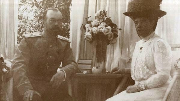 Как трагедия повергла к самому крепкому браку на российском престоле: Надежды и слёзы императрицы Марии Фёдоровны