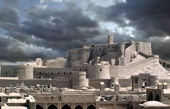 Какие секреты хранит древний глинянный город Бам, какой появился на 200 лет раньше Рима
